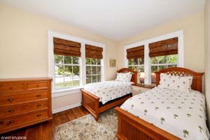 422-Bedroom