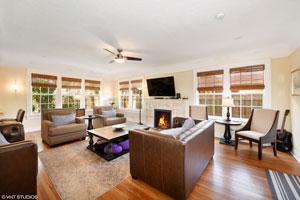 422-Living-Room